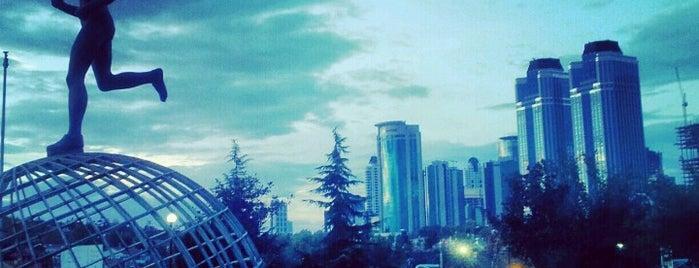 Sporcular Parkı is one of Zeynep 님이 저장한 장소.
