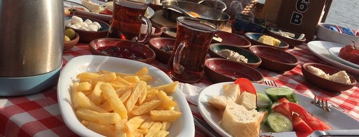 Garipçe Reis Balık Kahvaltı Cafe is one of Posti che sono piaciuti a Ali Can.