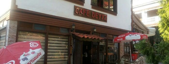 Cafe Deyiz is one of tt.さんの保存済みスポット.
