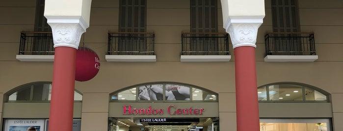 Hondos Center is one of Tempat yang Disukai Triantafyllia.