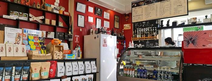 Cacao & Cacao Chocolate & Coffee Shop is one of Equador.