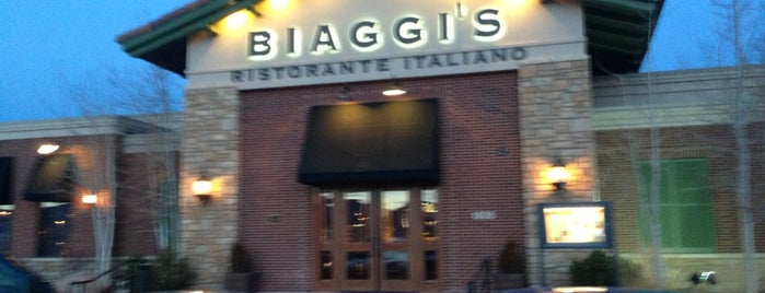Biaggi's Ristorante Italiano is one of Lugares guardados de Ike.