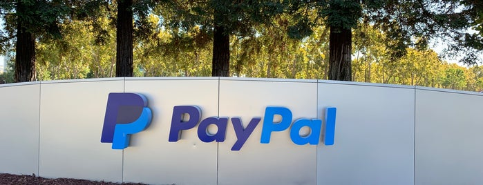 PayPal is one of Pacoさんのお気に入りスポット.