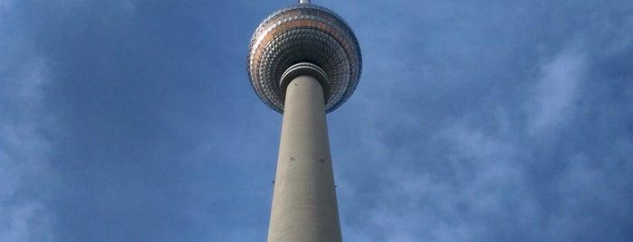 Torre de televisión de Berlín is one of Lugares favoritos de Vangelis.