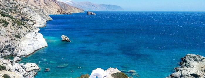 Παραλία Αγίας Άννας is one of Tempat yang Disukai Vangelis.