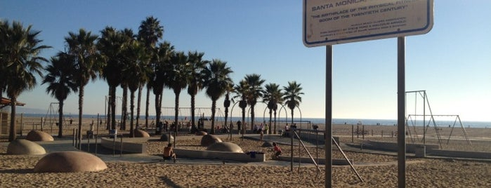 Original Muscle Beach is one of LA vacation.