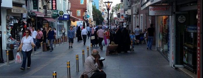 Eyüp Çarşı is one of Orte, die Ahmet gefallen.