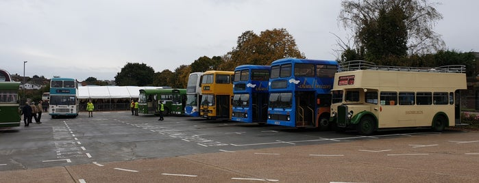 Isle of Wight Bus & Coach Museum is one of Posti che sono piaciuti a Chris.