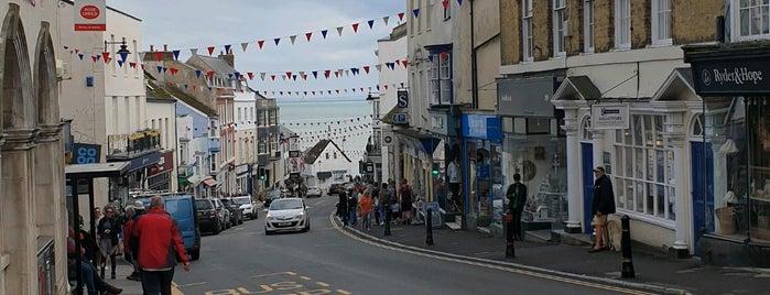 Lyme Regis is one of UK 🇬🇧.
