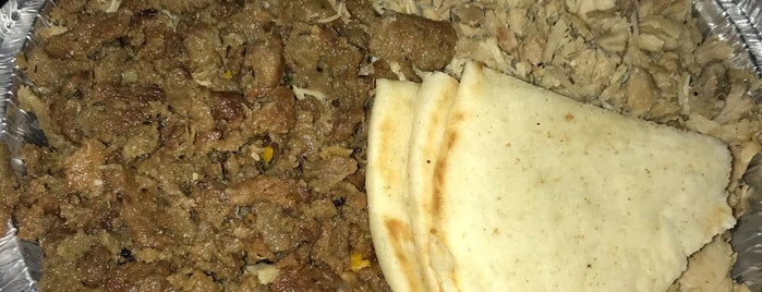 The Halal Guys is one of Kenny 님이 좋아한 장소.