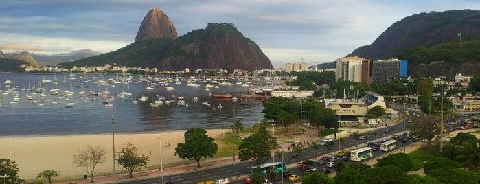 Praia de Botafogo is one of Meus locais preferidos.