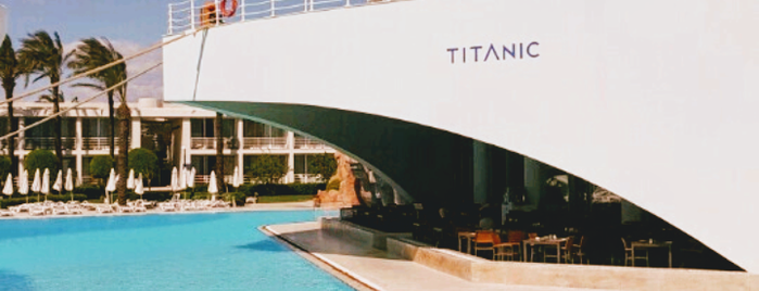 Titanic Beach Lara Resort is one of Orte, die Tuğrul gefallen.