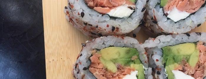Breko Fusión Sushi Bar is one of Locais curtidos por Marga.