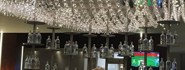 Nizuc Bar is one of Cancun.