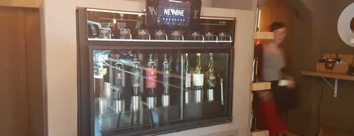 Barrel Wine Bar is one of Caballito.