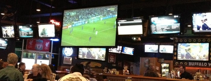 Buffalo Wild Wings is one of Posti che sono piaciuti a Ross.