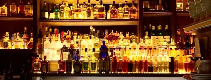 L'Fleur Bar is one of Standart in Prague.