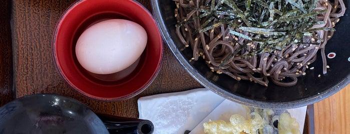 肉そば 十三 is one of สถานที่ที่บันทึกไว้ของ モリチャン.