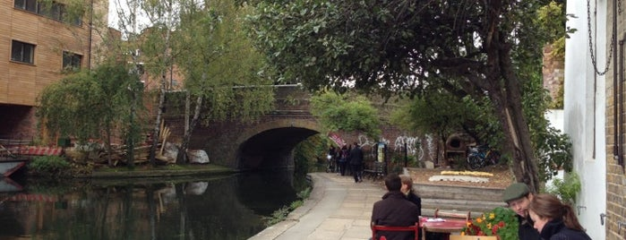 Towpath Cafe is one of An Aussie's fav spots in London.