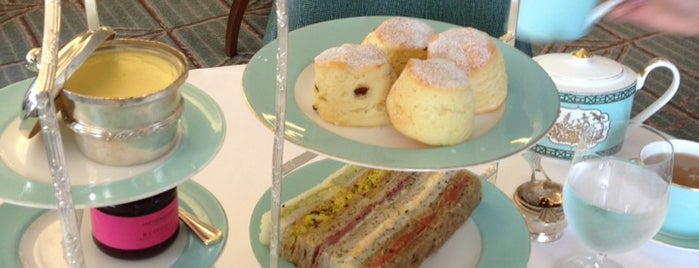 Diamond Jubilee Tea Salon is one of London Favourite.