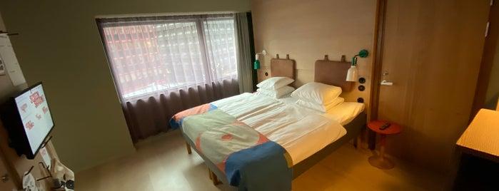 Hobo Hotel is one of Locais curtidos por Maya.