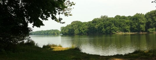 Algonkian Regional Park is one of Shopping.