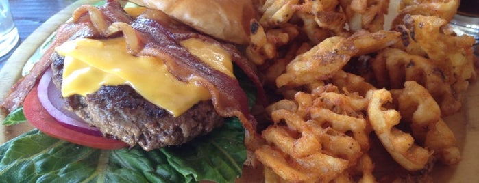 Burger Club is one of Mitri & P's Bucket List.
