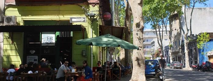 Barrio Sur is one of Lugares guardados de Fabio.