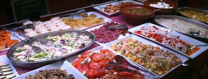Restaurante LAS PALOMAS Buffet&Tapas is one of Lugares guardados de Javier.