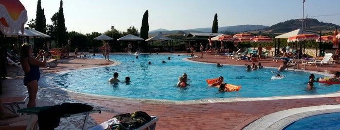 Hotel Fattoria Belvedere is one of Orte, die Davide gefallen.