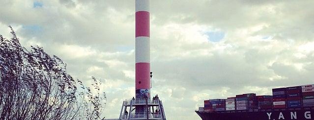 Leuchtturm Unterfeuer Blankenese is one of สถานที่ที่ Daniel ถูกใจ.