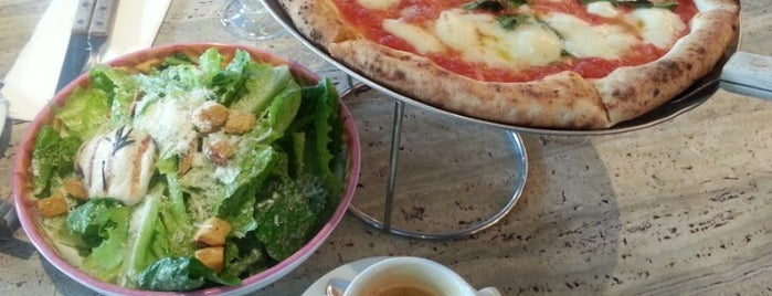 Matto Bar & Pizzeria is one of Shanghai list of to-dos.