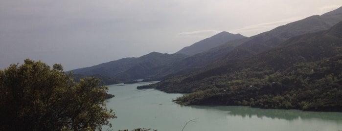 Τεχνητή Λίμνη Πουρναρίου is one of Amazing Epirus.