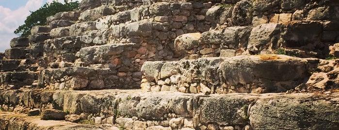 Zona Arqueológica KINICH-KAKMO is one of Saraiさんのお気に入りスポット.