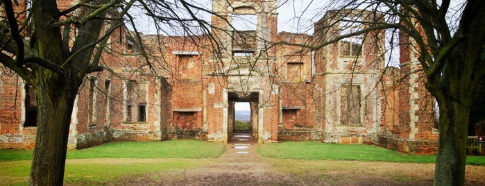 Houghton House is one of Locais curtidos por Carl.