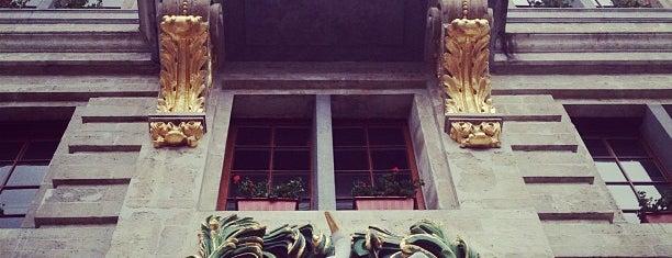 Brasserie de l'Ommegang is one of Tempat yang Disukai Christian.