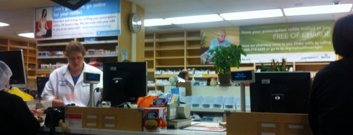 Kaiser Permanente Main Pharmacy is one of Orte, die Anthony gefallen.
