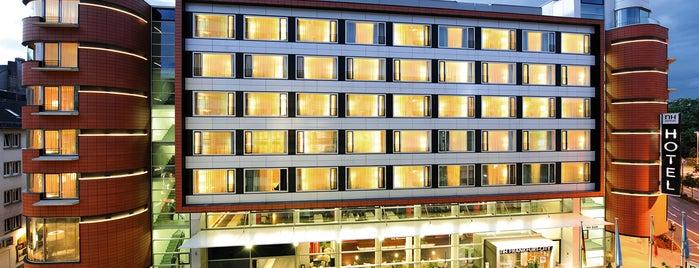 Hotel NH Collection Frankfurt City is one of Posti che sono piaciuti a Felipe.