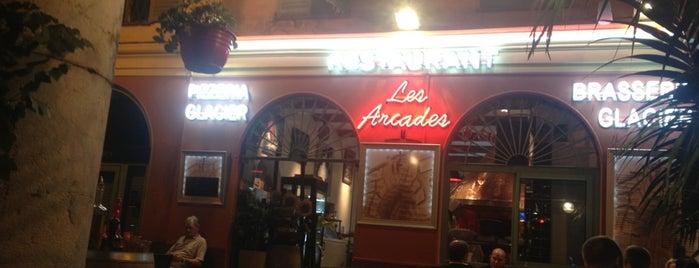 Pizzeria des Arcades is one of Ian'ın Beğendiği Mekanlar.