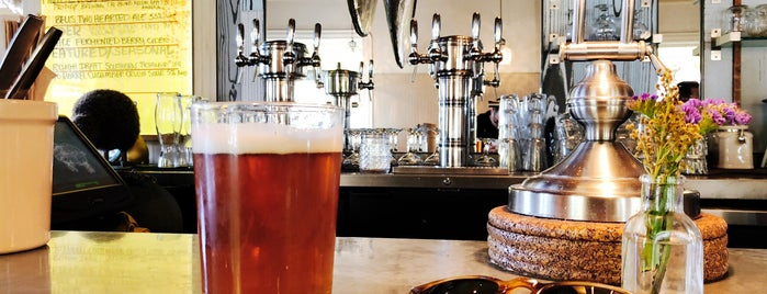 Queenstown Public House is one of San Diego Faves.