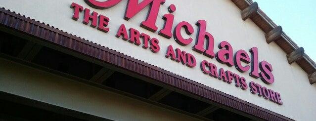 Michaels is one of Lieux qui ont plu à Aida.