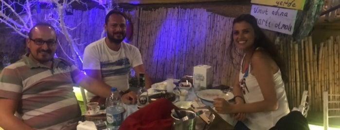 Makara Cafe is one of Gidilecek.