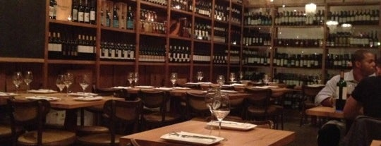 Salt Wine Bar is one of Francis' Toronto.
