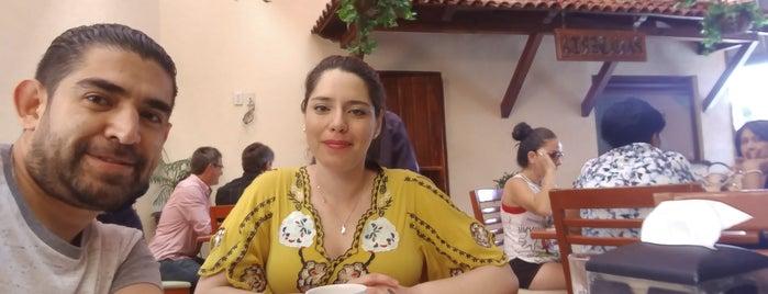 La Ciudad de los Almuerzos ® is one of Posti che sono piaciuti a Adan.