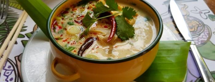 Kiin Thai-Viet Eatery is one of Tempat yang Disukai Adolfo.