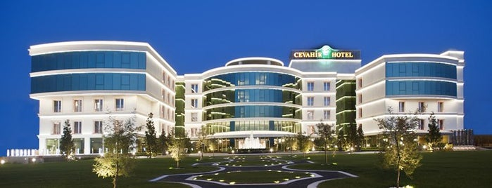 Cevahir Hotel Asia is one of Lugares favoritos de Aysecikss.