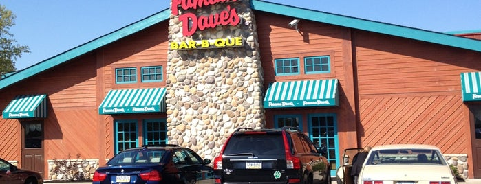 Famous Dave's Bar-B-Que is one of Restaurants.