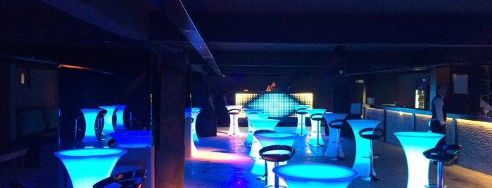 Buzz Club is one of Lieux sauvegardés par Hamed.