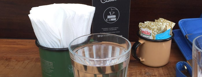 Ernesto Cafés Especiais is one of Locais curtidos por Fabiana.