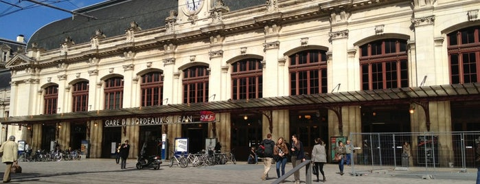 Station Gare Saint-Jean ⒸⒹ is one of France.